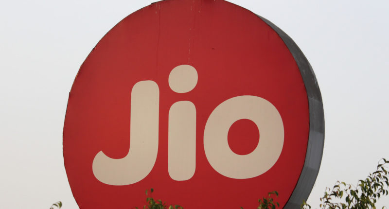 farmers-protests-reliance-jio-loses-subscribers-in-haryana-and-punjab