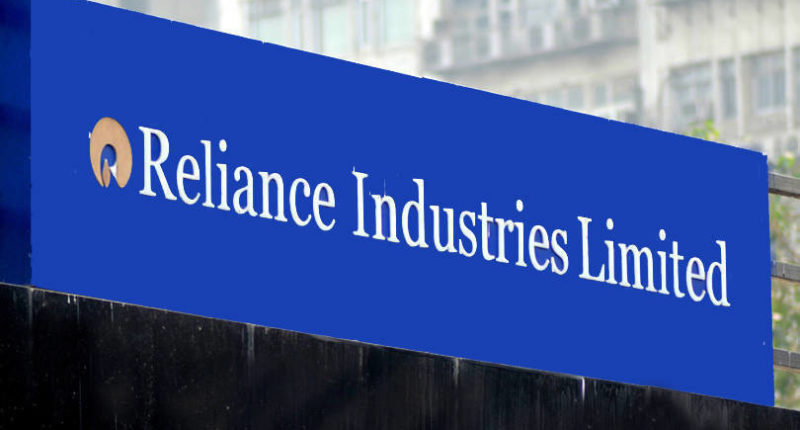 delhi-hc-restrains-future-retail-reliance-deal