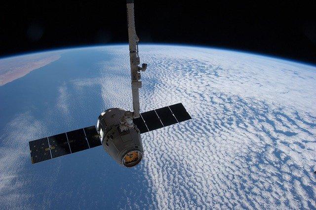 spacex-starlink-satellite-internet