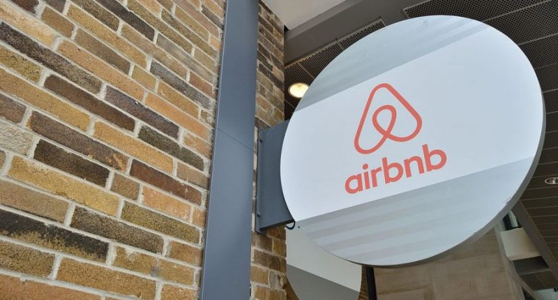 airbnb-offers-free-housing-for-20000-afghan-refugees