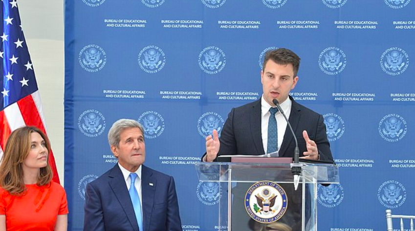 Brian-Chesky-Airbnb-on-afghanistan-crisis